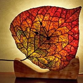 Aspen Leaf Clock